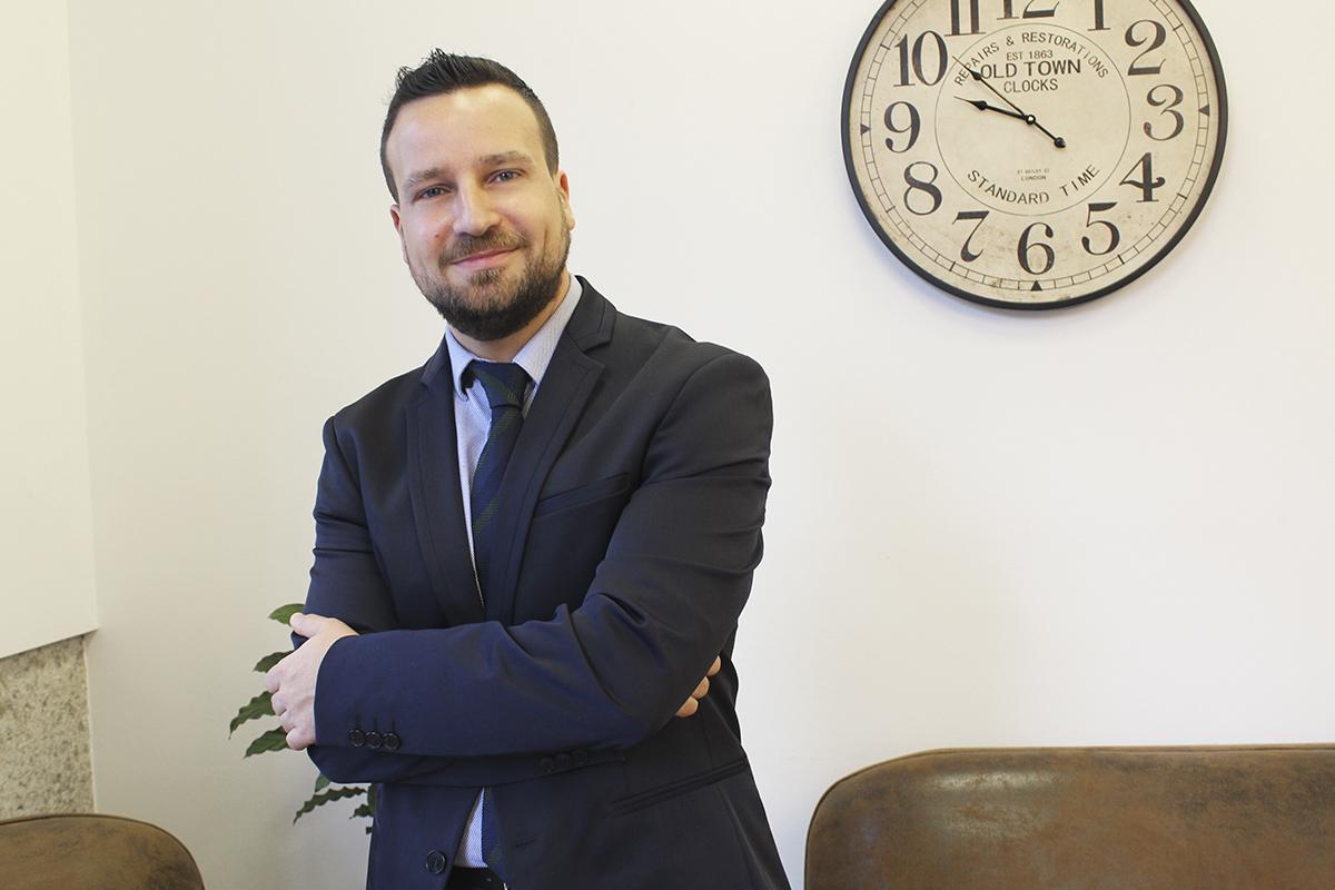 http://grupoabc.es/wp-content/uploads/2017/09/grupo-abc-asesores-abogados-vigo-aladino-grana.jpg