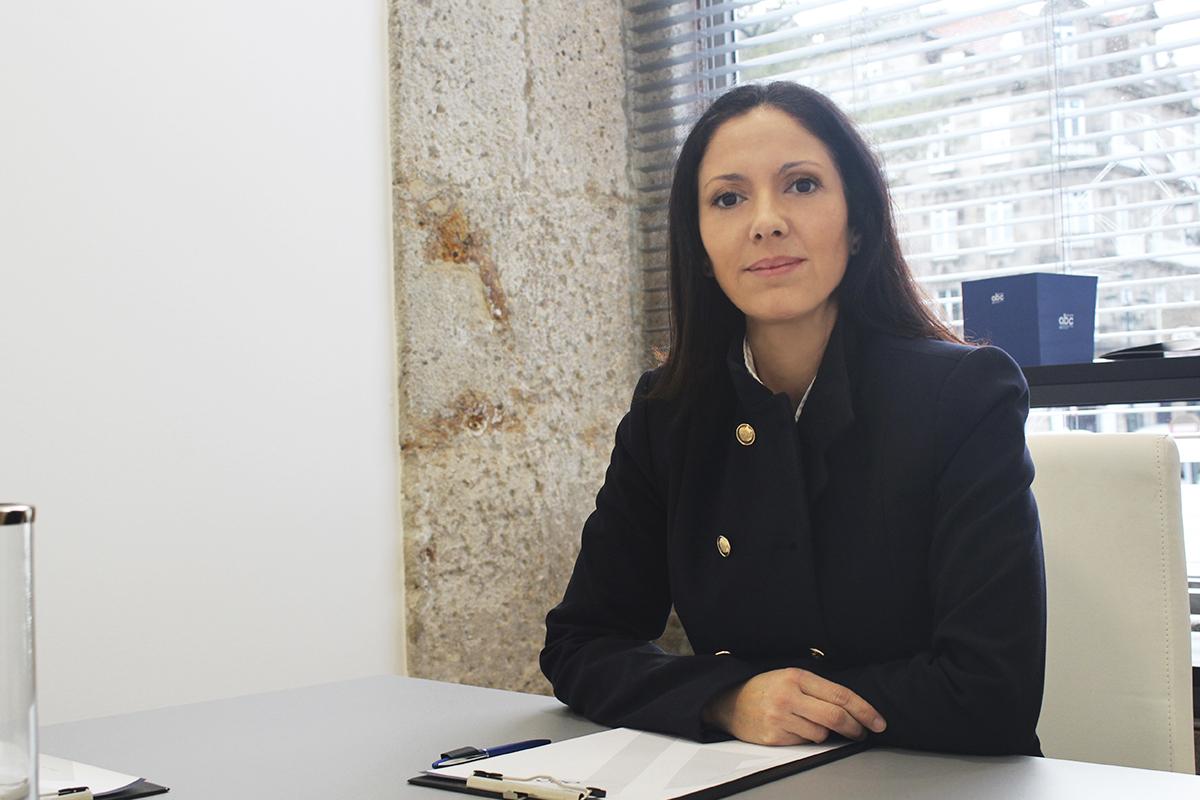 http://grupoabc.es/wp-content/uploads/2017/09/grupo-abc-asesores-abogados-vigo-juan-ana-belen-guerrero-02.jpg